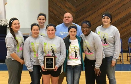 Volleyball team receives state sportsmanship award